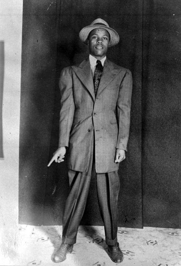 5c85ce36f My sme zostavili vlastné zhodnotenie módy za posledných 100 rokov. Verte  tomu, že v minulom storočí sa toho veľa zmenilo v pánskej móde.