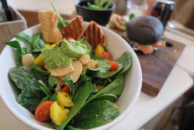 3alát s avokádom, avocado, ako zvýšiť testosterón,