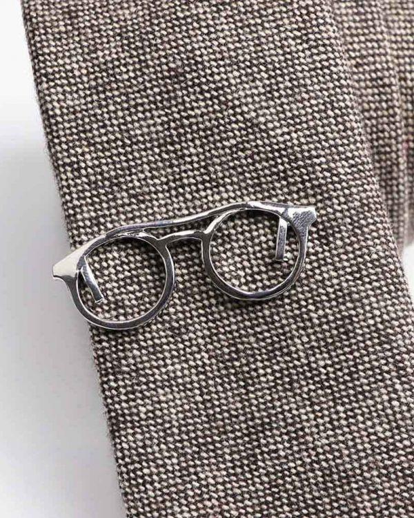 Kravatová Spona – Okuliare Strieborná